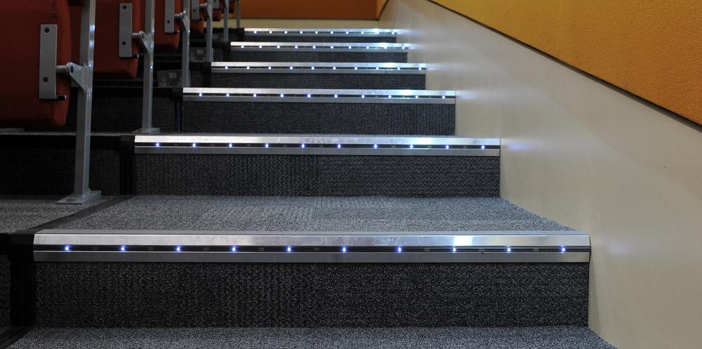 LED-Step-Lighting_1000x497px