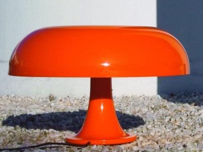 artemide-nesso-table-light_3-400x300
